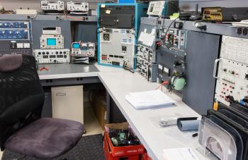 FBO Maintenance | Aircraft Avoinics Installation